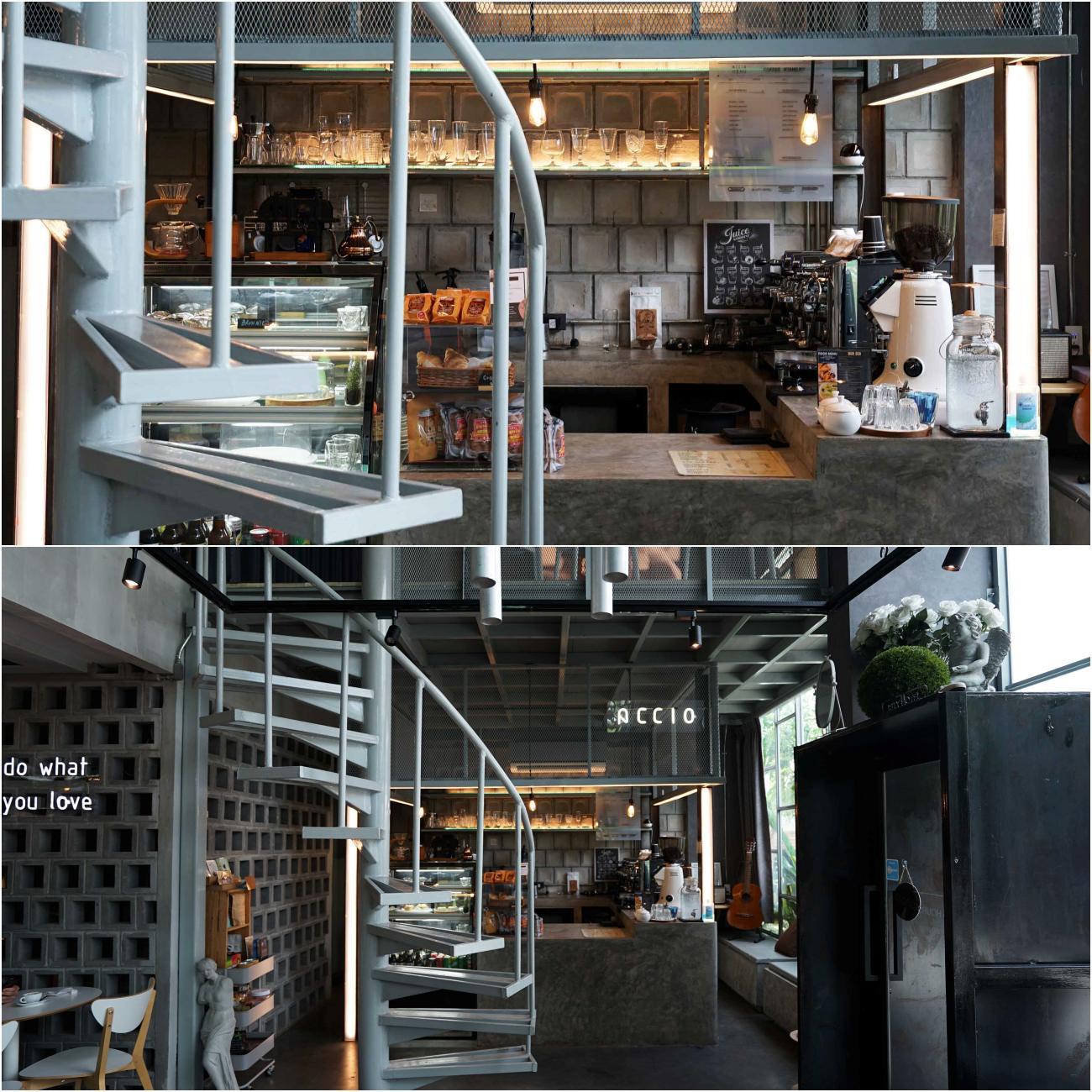 accio cafe ร้านมีพื้นที่กว้างโล่งโปร่งน่านั่ง บรรยากาศดียย์เหมาะกับการไปนั่งทำงานในวันว่างๆหรือใครที่ชอบเสียงดนตรีเพลงเพราะห้ามพลาด